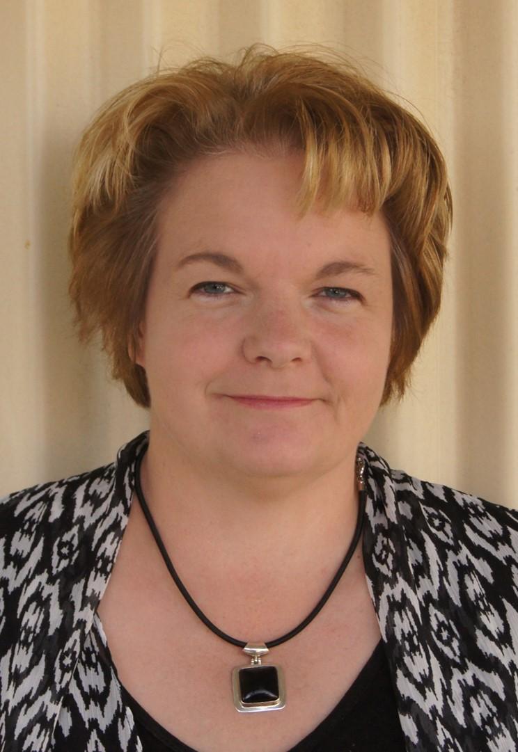 Dr Marianne Keller