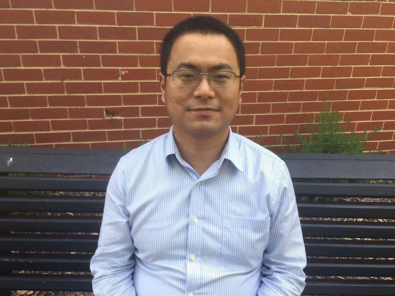 Dr Gang Zheng